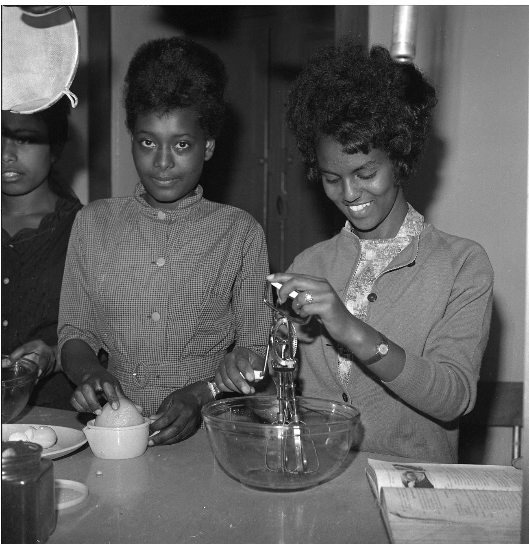 TMS-Students Circa-1964_1
