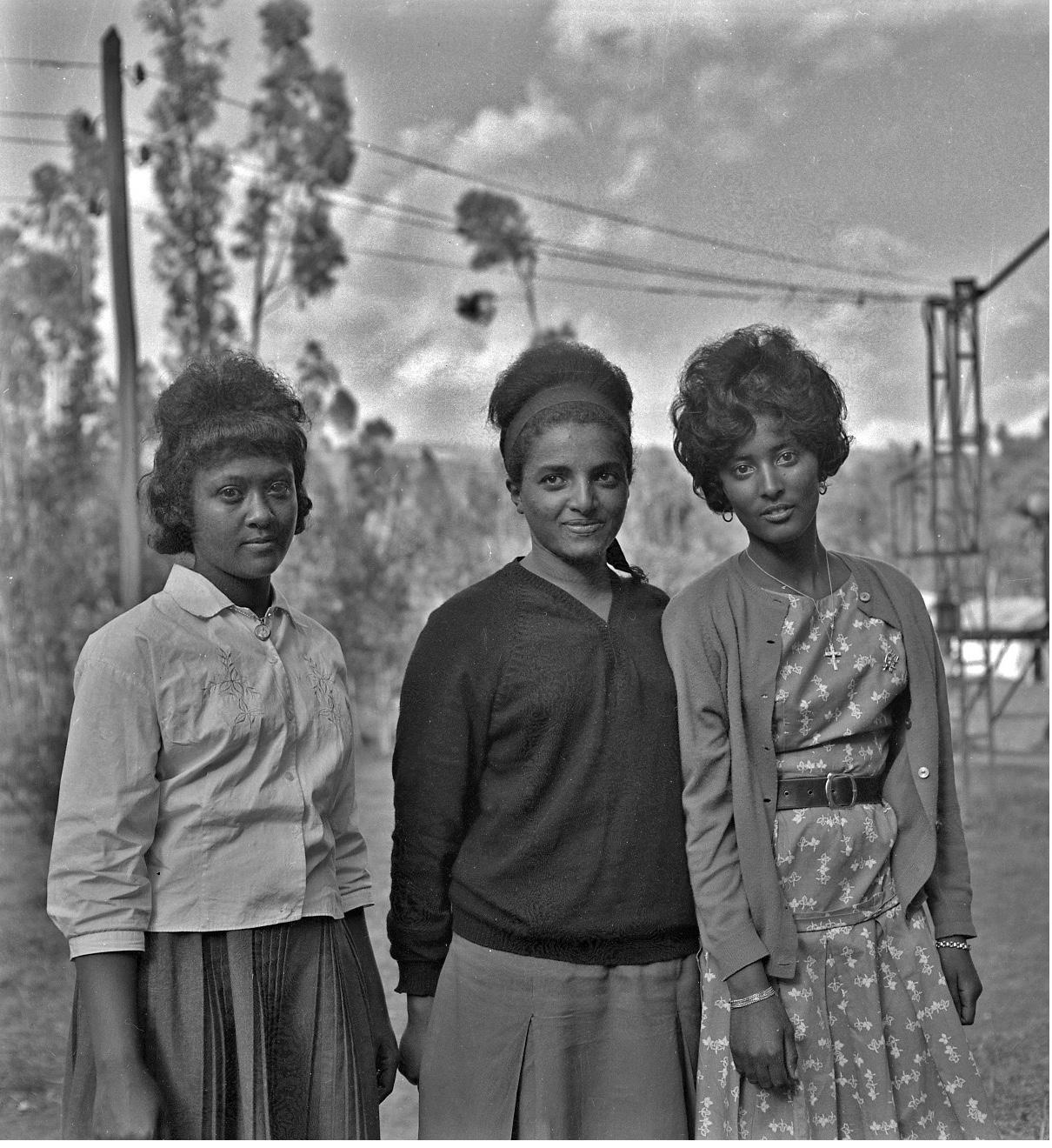 TMS-Students Circa-1964_10