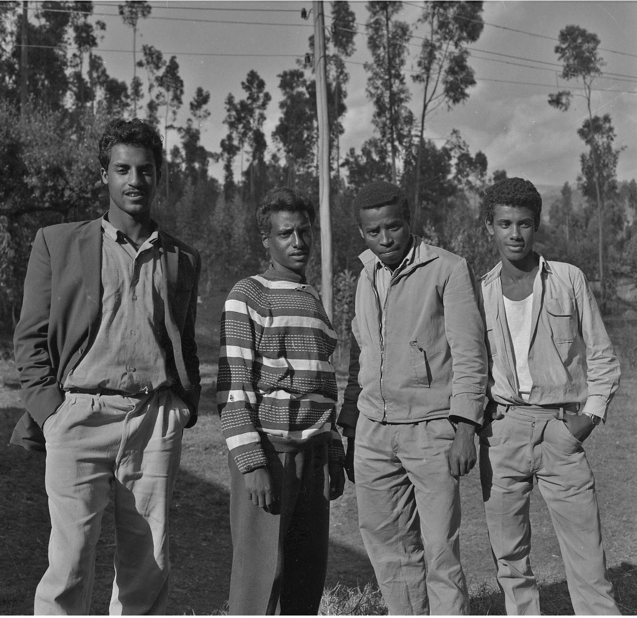 TMS-Students Circa-1964_6