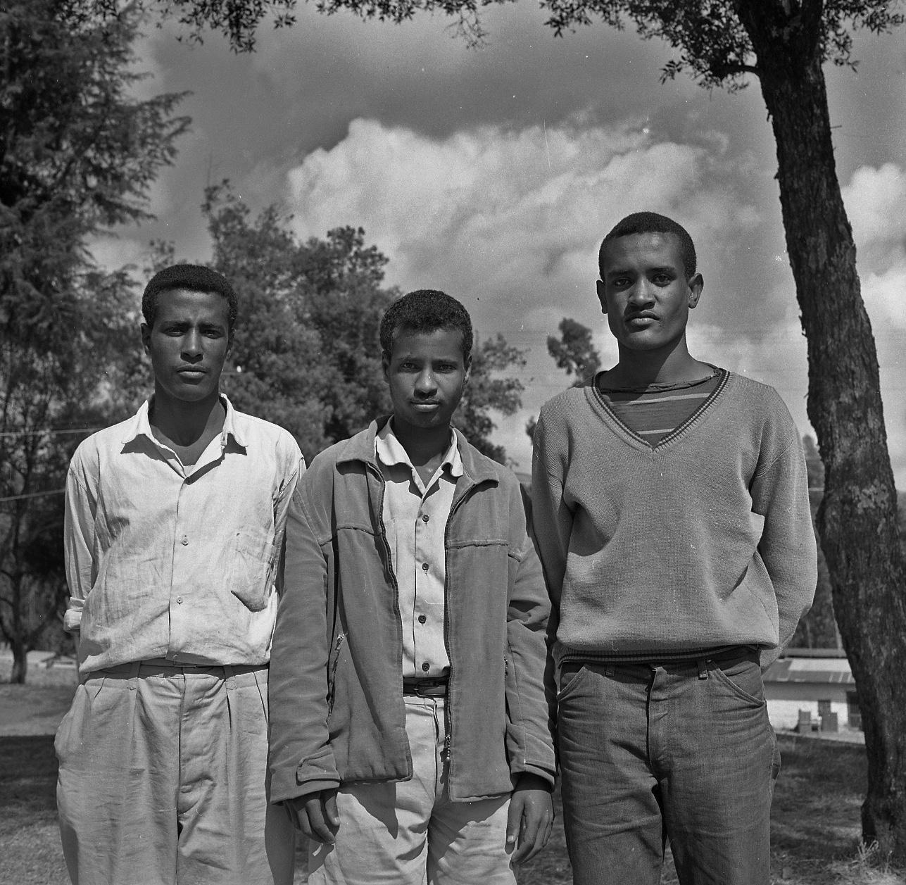 TMS-Students-Photo-2-taken-1963-1965_1