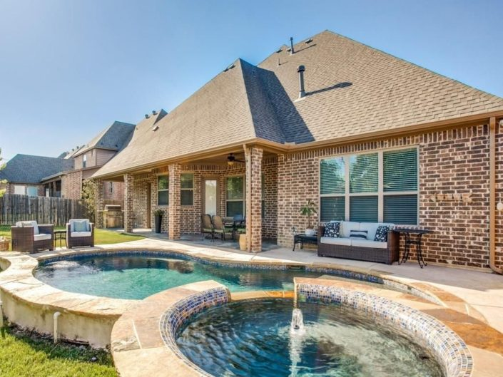 Custom Home Builders in Dallas Fort Worth Metroplex Area