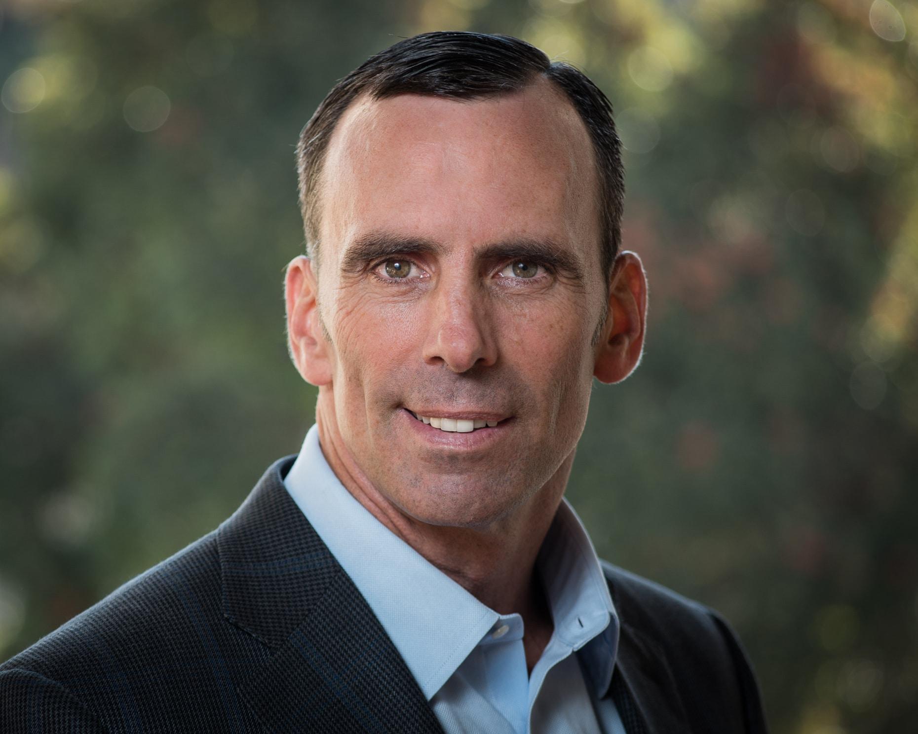 Jonathan E. Tunney (CFA)