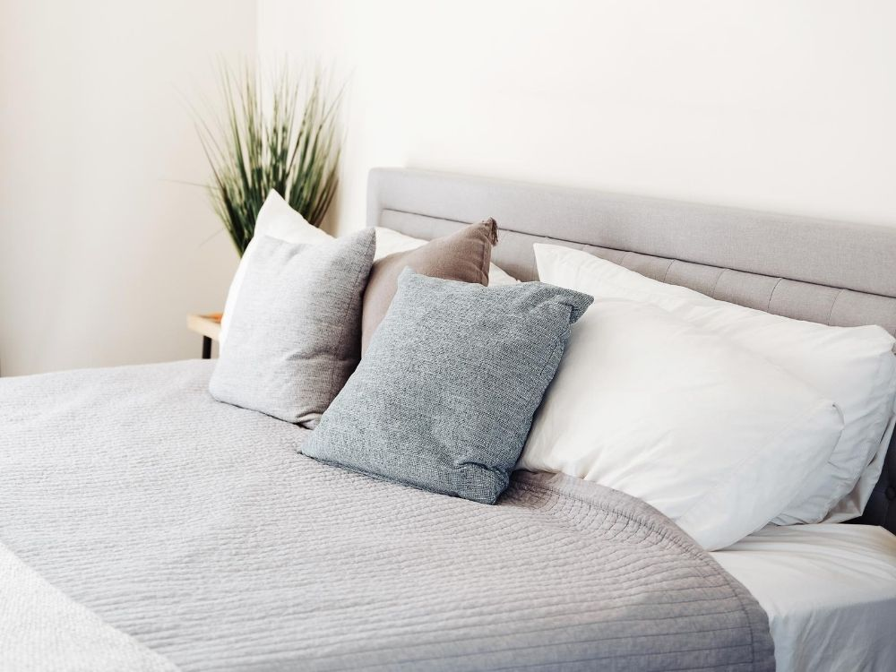 How Cleaning Your Bedroom Helps You Sleep