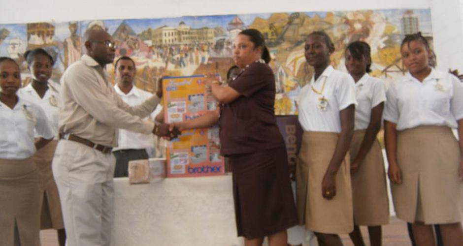 Arthur Gibbs Presenting donations