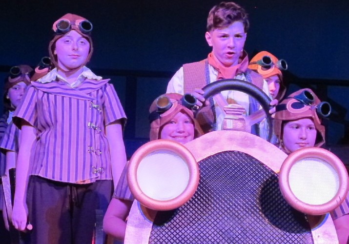 Chitty Chitty Bang Bang Jr at HMS 2019