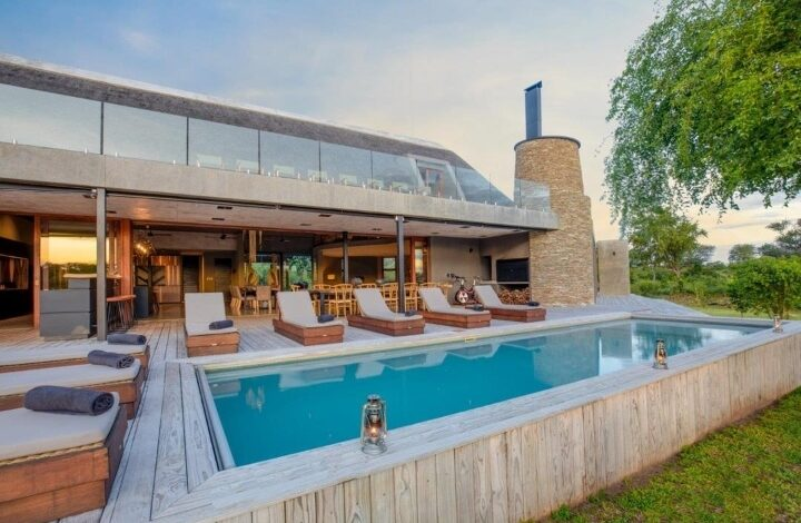 Umganu is a bespoke built, five bedroom suite Lodge, providing accommodation for up to 12 persons in fully air-conditioned luxury.