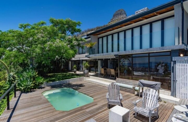 This Home In Fresnaye Cape Town Is Selling For R 19 950 000!