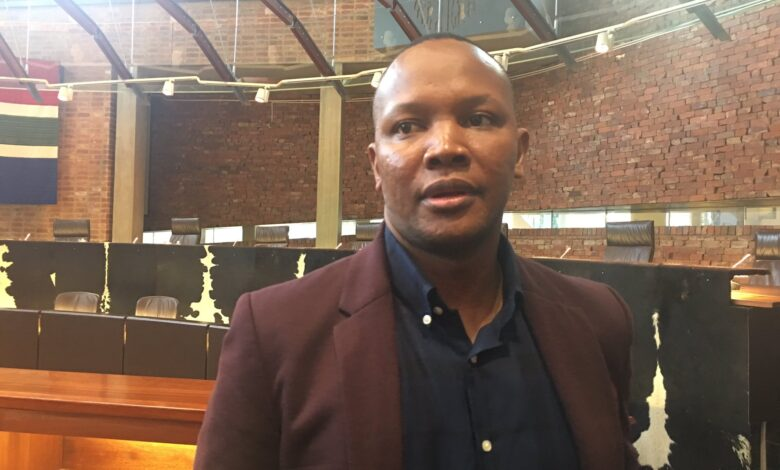 'Please Call Me' inventor Nkosana Makate Is Back In Court Contesting Vodacom's Compensation