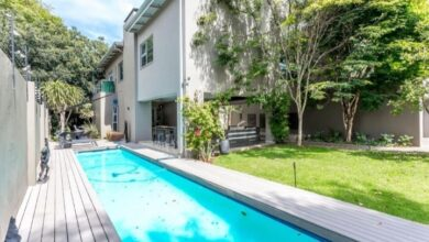 This Elegant Home In Birdhaven Is Selling For R 10 999 000!
