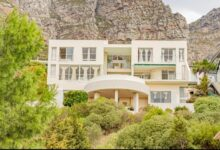 This Luxurious Coastal Lifestyle Home Is Selling For R 19 950 000!