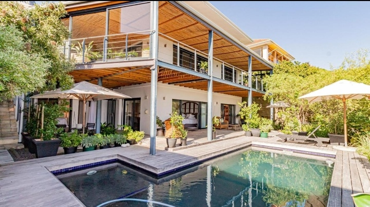 This Tranquil Modern Free-Flowing Open Plan Home Is Selling For R 23 500 000!