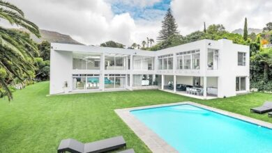 This Contemporary Masterpiece Embracing Magnificent Mountain Views Is Selling For R 30 000 000!