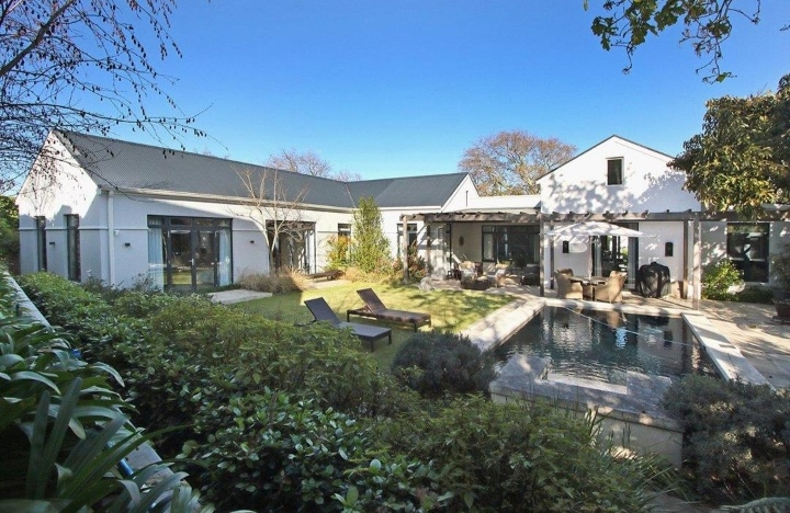 This Home Situated In The Exclusive Sillery Estate Is Selling For R 15 650 000!