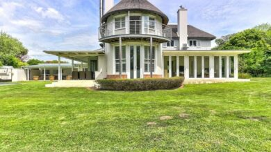This English Country Home Overlooking Fields Is Selling For R 13 800 000!
