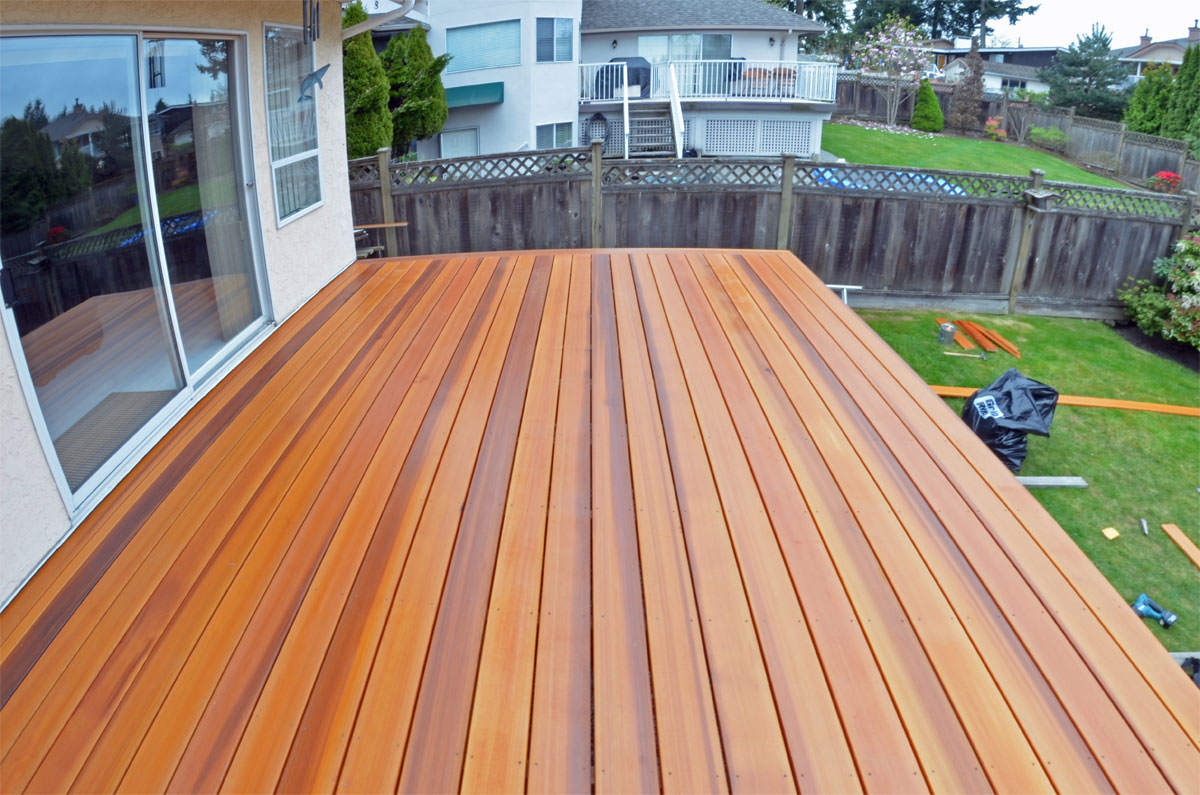 cedar-decking-boards