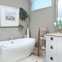 Bathroom, Kathleen Scanlan Interiors