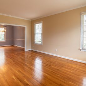 photo-of-an-empty-room-3935327