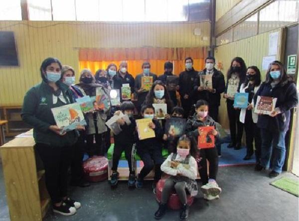 Inauguran espacio lector en  Escuela Villa Las Dunas