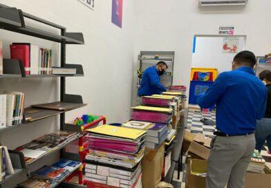 Capacitados y listos para distribuir material bibliográfico en Mocorito
