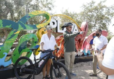Construirán zona de palapas en Playa Colorada