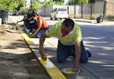 Vecinos de La Aviación y funcionarios de Mocorito trabajan unidos