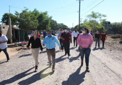 La alcaldesa Aglaee Montoya entregó obra en la colonia 30 de Enero, de La Reforma