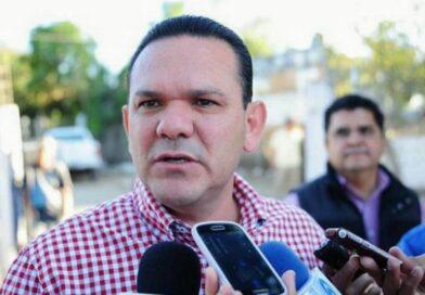 Carente de ideas y propuestas, Sergio Torres apuesta al desprestigio de cartas fuertes a puestos de elección popular