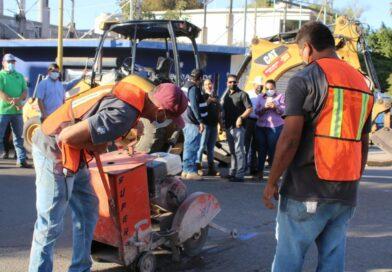 Inició construcción de desagüe en avenida 16 de septiembre y Carranza en Angostura