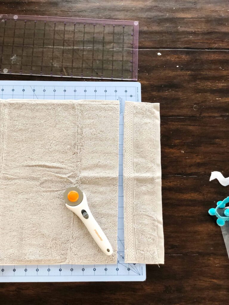 How to cut a towel with a rotary cutter