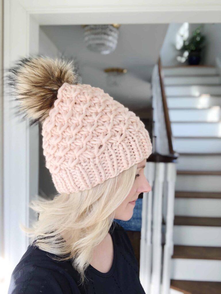Women's Bulky Hat Knitting Pattern