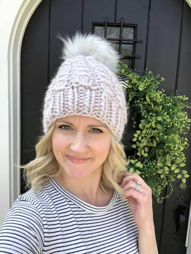 Women's Hat Knitting Pattern