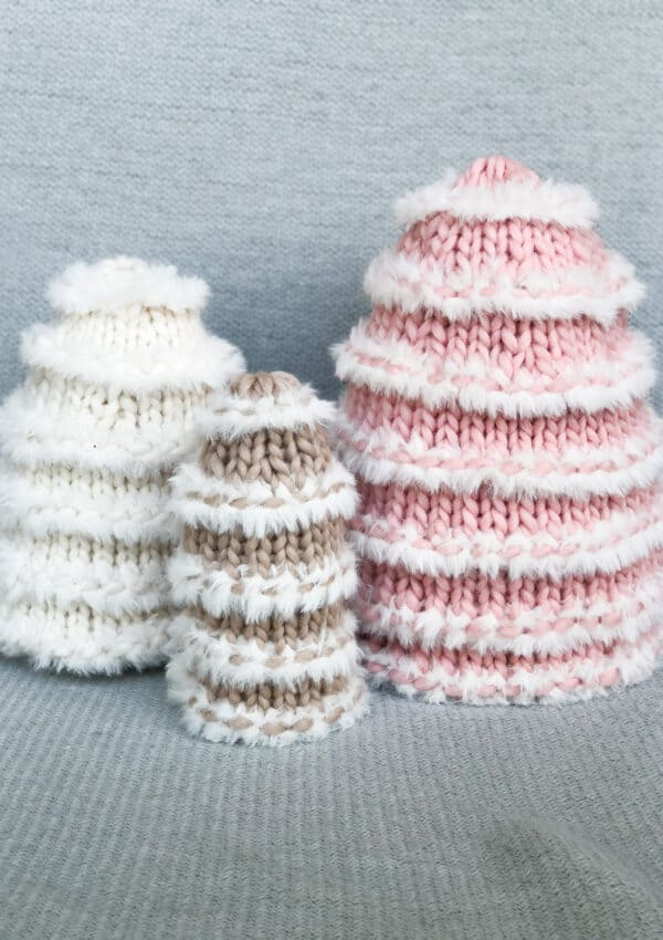 How to make Knit Snow Trees – Free Tree Knitting Pattern.