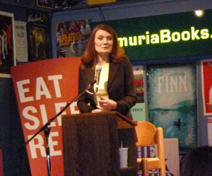 Jeanette Walls reading at Lemuria Books in Jackson, Mississippi, in 2011