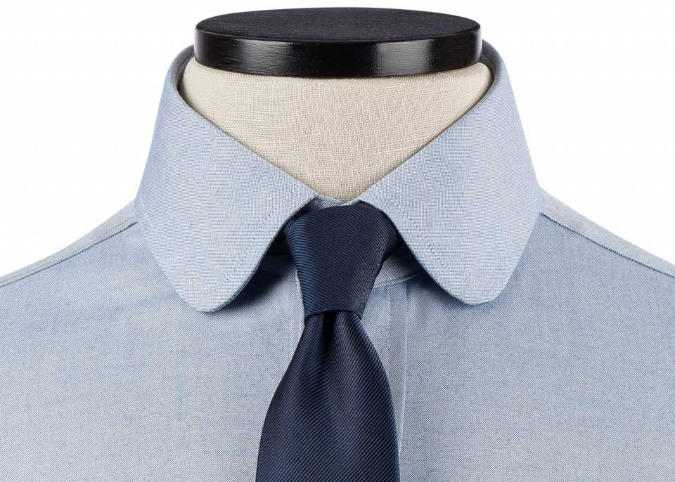 Club Or Rounded Collar