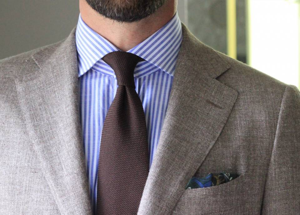 The Spread or Cutaway Collar
