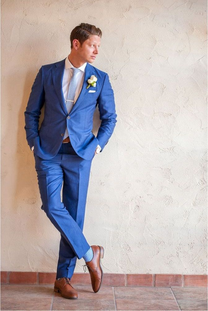 What Color Shoes To Wear With A Blue Suit