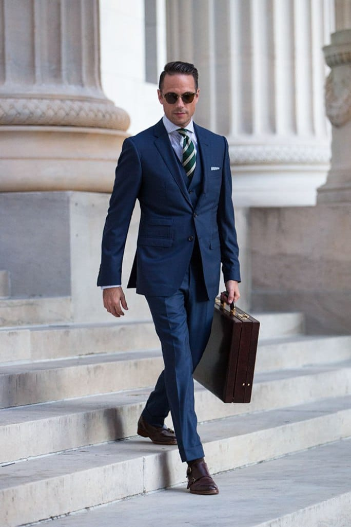 What Shoes to Wear with a Navy Suit
