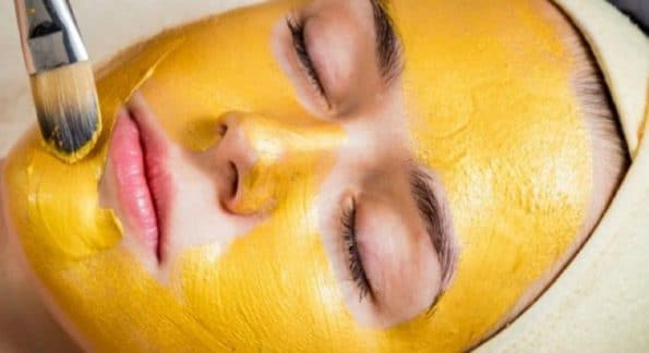 Apply the turmeric face pack twice weekly to get glowing skin