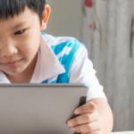 ¿Está bien que mi hijo de 8 años con TDAH juegue Minecraft?