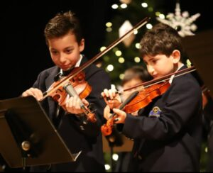 Fieldstone's Holiday Concert Dazzles and Delights