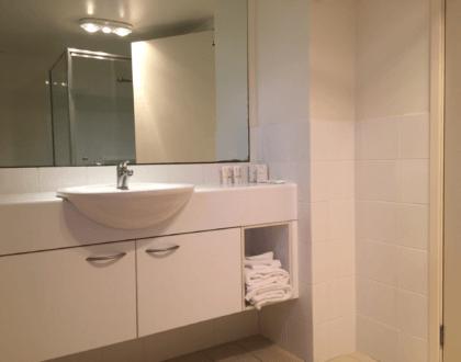 BH59 Bathroom