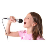 Girl-singing-with-mic-suare-w_800w