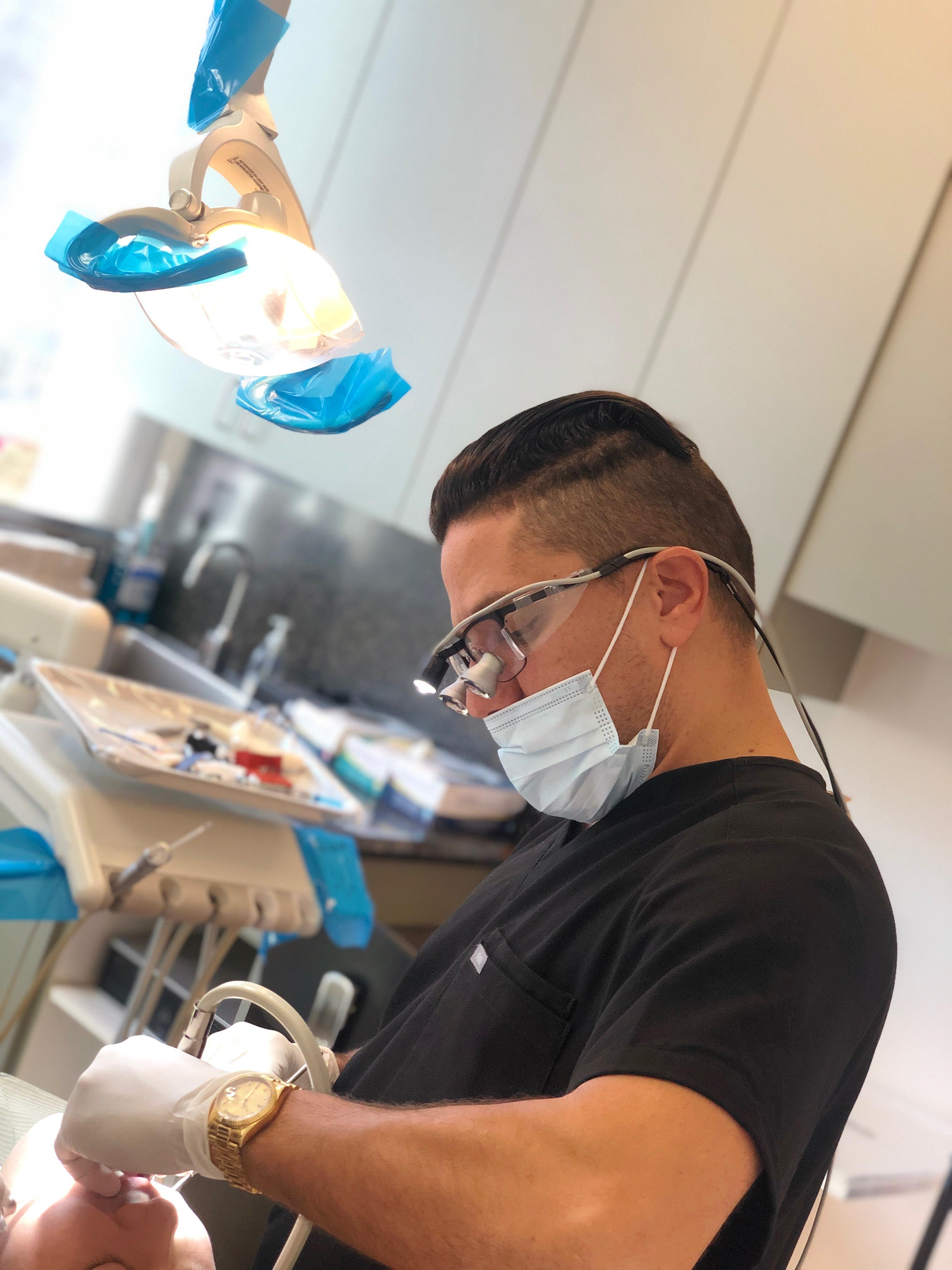 Aesthetic dentist LA