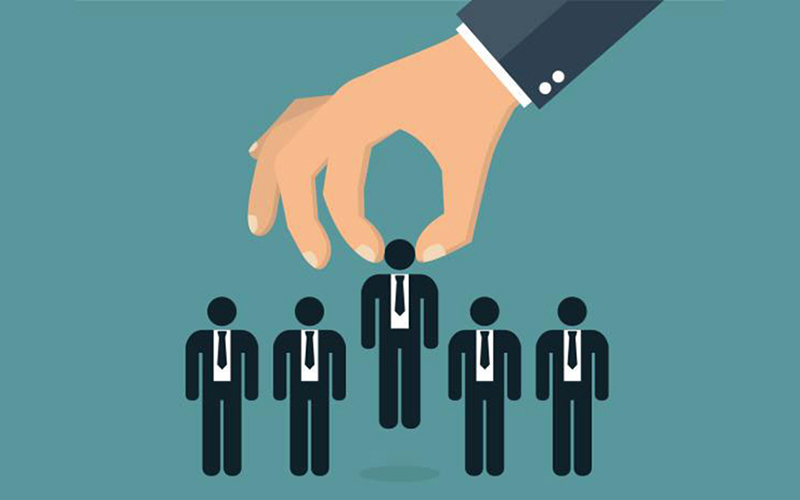 Why & How Best to Use a Recruiter