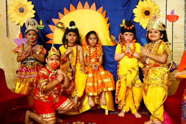 Tiny Tots of Innokids spread a message to celebrate Green Diwali