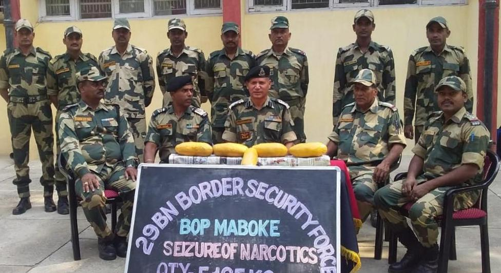 BSF seazes 5 packets about 5.215 Kg suspected Heroin