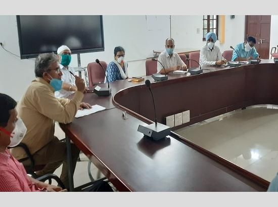 Punjab CM appreciates  services of Rajindra Hospital