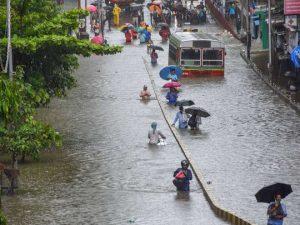 Heavy rain batters India's Mumbai disrupting rail and road traffic