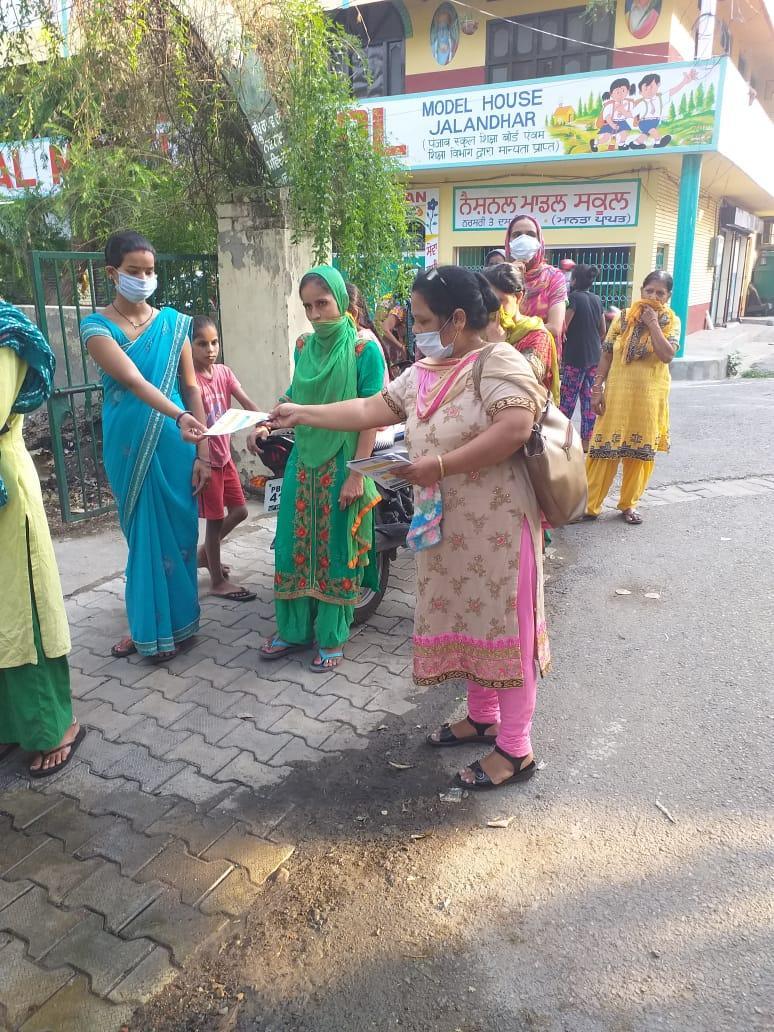Lok Saanjhedari MC Teams sensitize people on wearing Masks