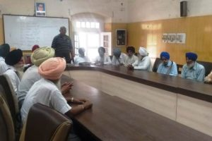 Zila Parishad Pensioner Employees condemns govt  for not releasing pension since 3 months